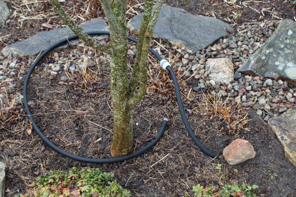 Nedgraving av svetteslanger i hagen